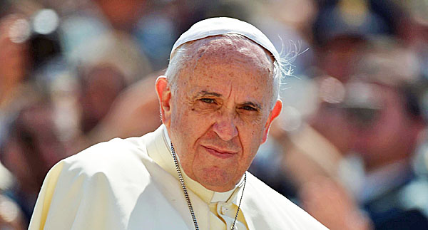 pope-francis-in-white-600