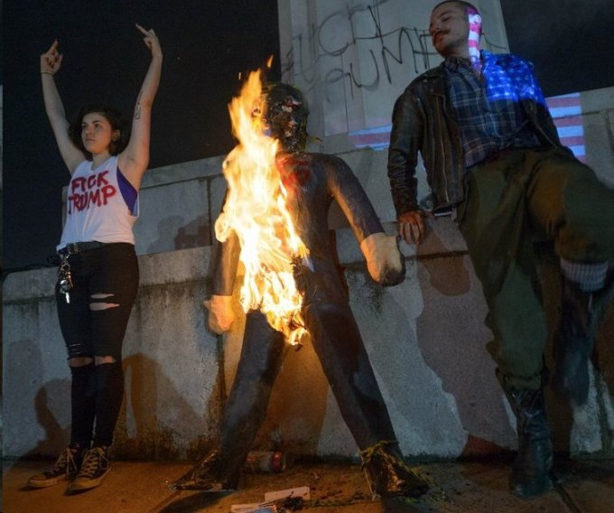 demonstrtors