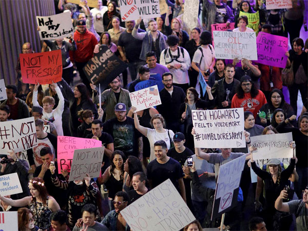 trump-protest2-17-1479364565