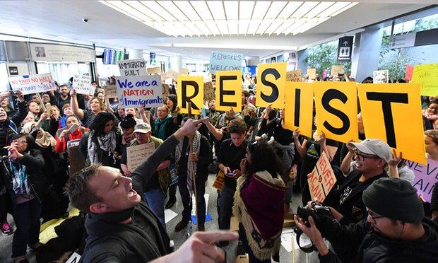 travel ban protesoteors2