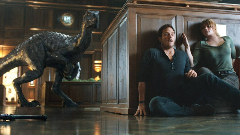 jurassic-world-review-pic