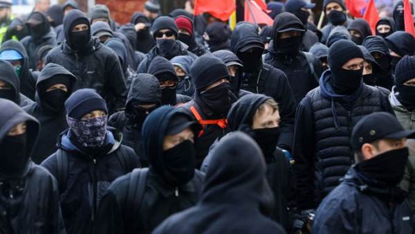 antifa-alt-left-600x338